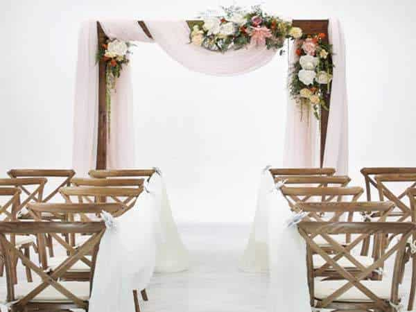 Wood ceremony arch rental - Event Rentals Miami - Wedding rentals - Party Rentals